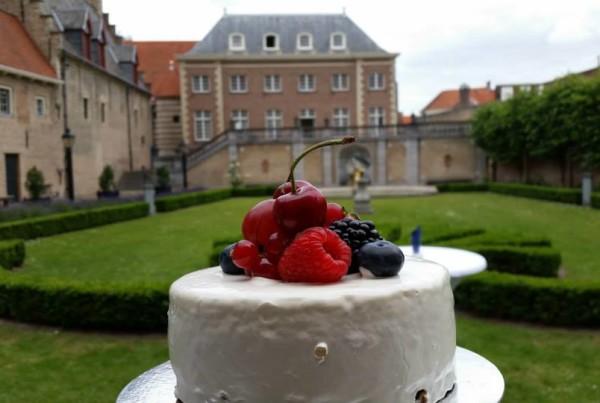 Bruidstaart & Prosecco Toost PION horeca en promotie