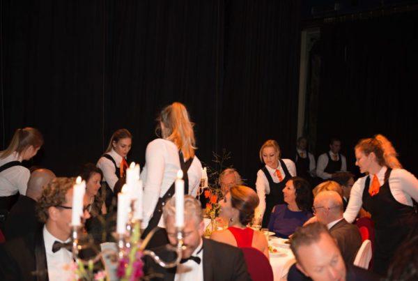 PION horeca evenementen particulier business bedrijven organisatie Bergen op Zoom ontzorgen diner catering licht geluid opbouw afbouw muziek