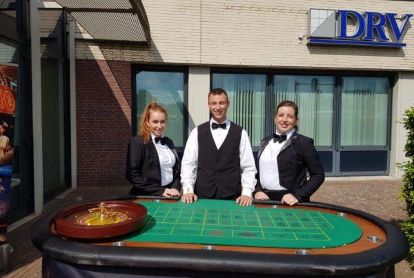 PION horeca promotie uitzendbureau Bergen op Zoom Personeel collega meewerken medewerker Borrel DRV accountants Pokertafel gokken
