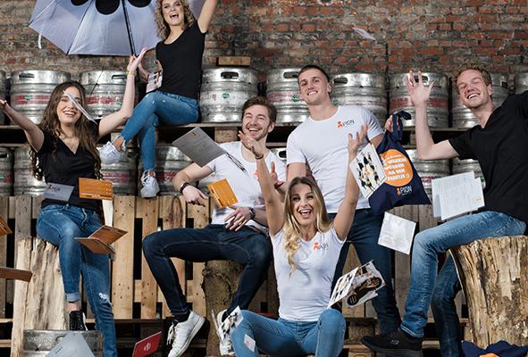Pion horeca en promotie brand activation Hostessen Bedrijfsfeesten Team Werknemers Bergen op Zoom